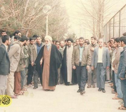 عکسی که مشاور روحانی از دانشگاه امام صادق منتشر کرد